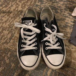 Converse black and white classic